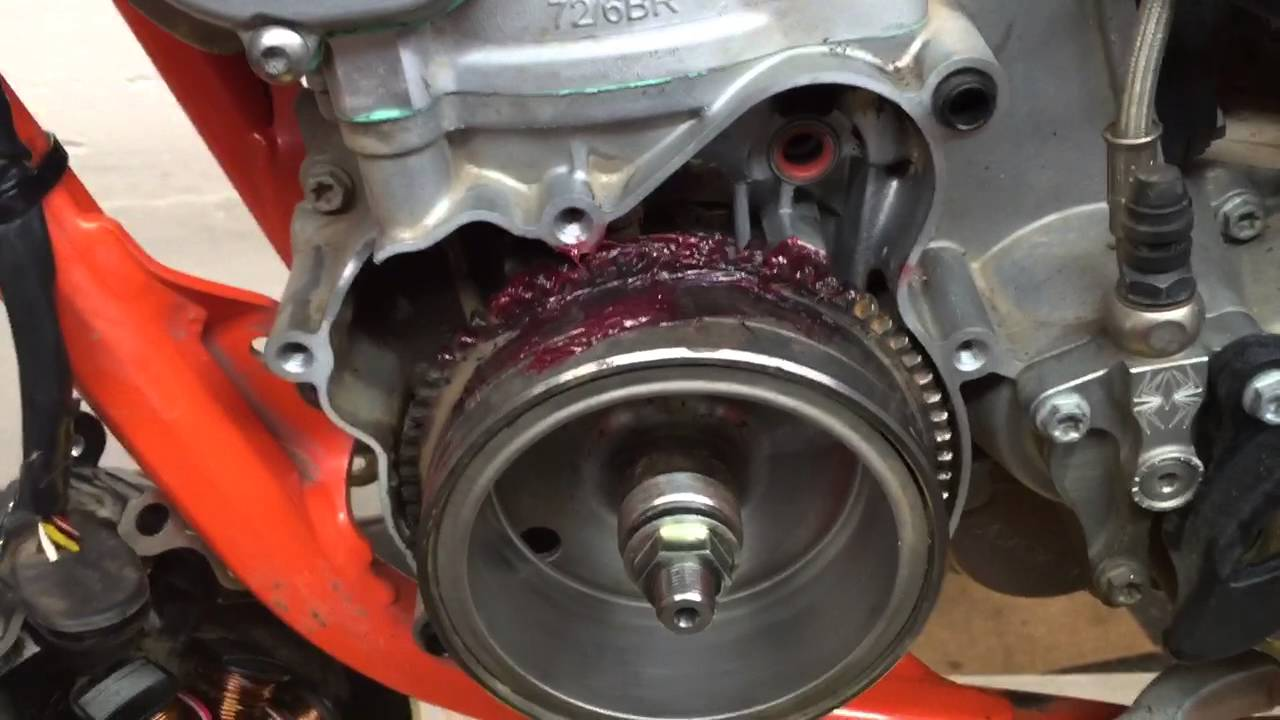 How To Service The Ktm 250 300 E Starter Gear Drive Youtube Engine Diagram