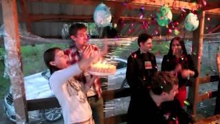 видео День рождения на природе
