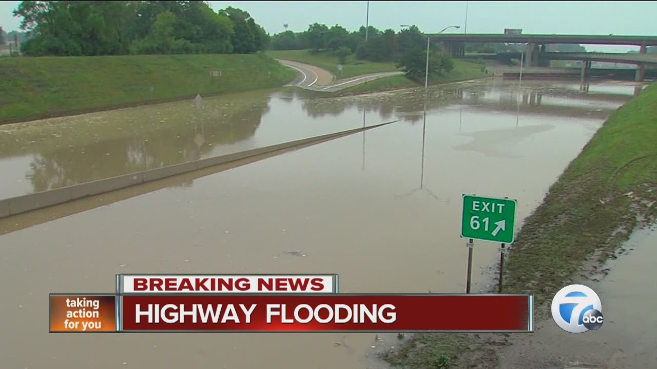 Flooding on I-75 and I-696