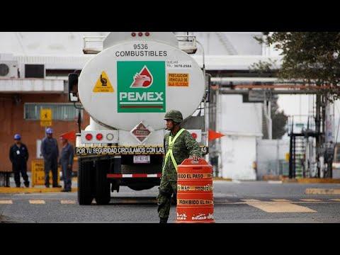 Crisis de suministro de gasolina en México por plan del Gobierno contra el robo
