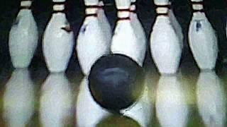 japanese woman bowling p league pins.