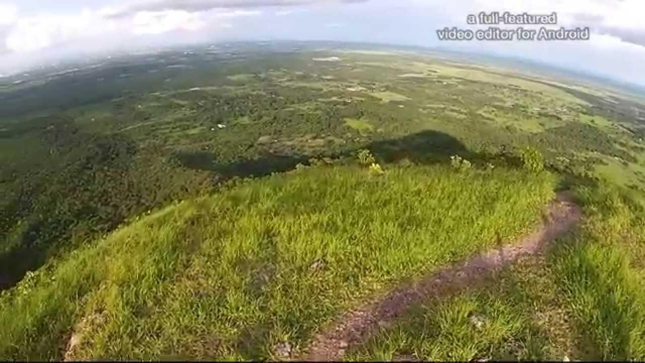 20b38ba2b8fb7 Voando no Morro de Santo Antônio do Leverger - YouTube