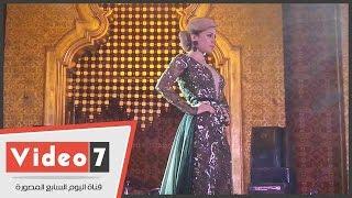 بالفيديو. . الفنانة سارة نخلة نجمة ديفيليه هانى البحيرى فى حفل