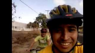 Indo para a Av. Litorânea (São Luís-MA) 01 Imagem 3gp