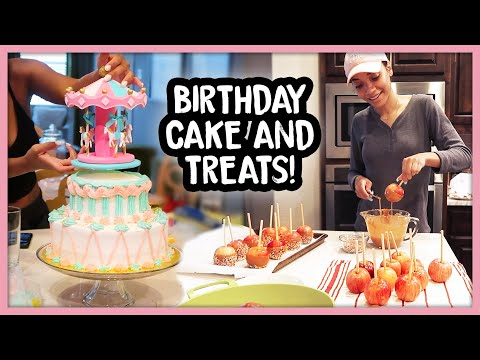 Cook With Me! Carousel Cake & Caramel Apples!