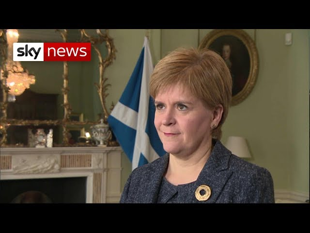Sturgeon likens suspending parliament to a 'dictatorship'