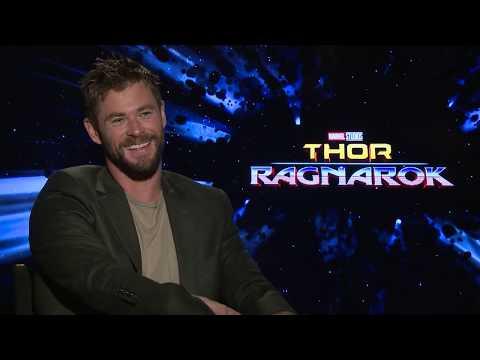 THOR: RAGNAROK | Chris Hemsworth Exclusive Interview