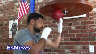 Amir Khan Warms Out Seconds Before Sparring EsNews Boxing