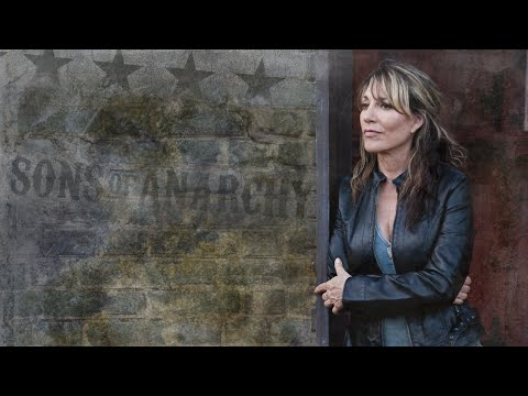 Katey Sagal  Bird on a Wire Sons Of Anarchy Theme SR