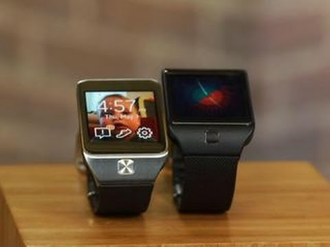 Samsung Gear 2 and Gear 2 Neo try to do everything in a watch