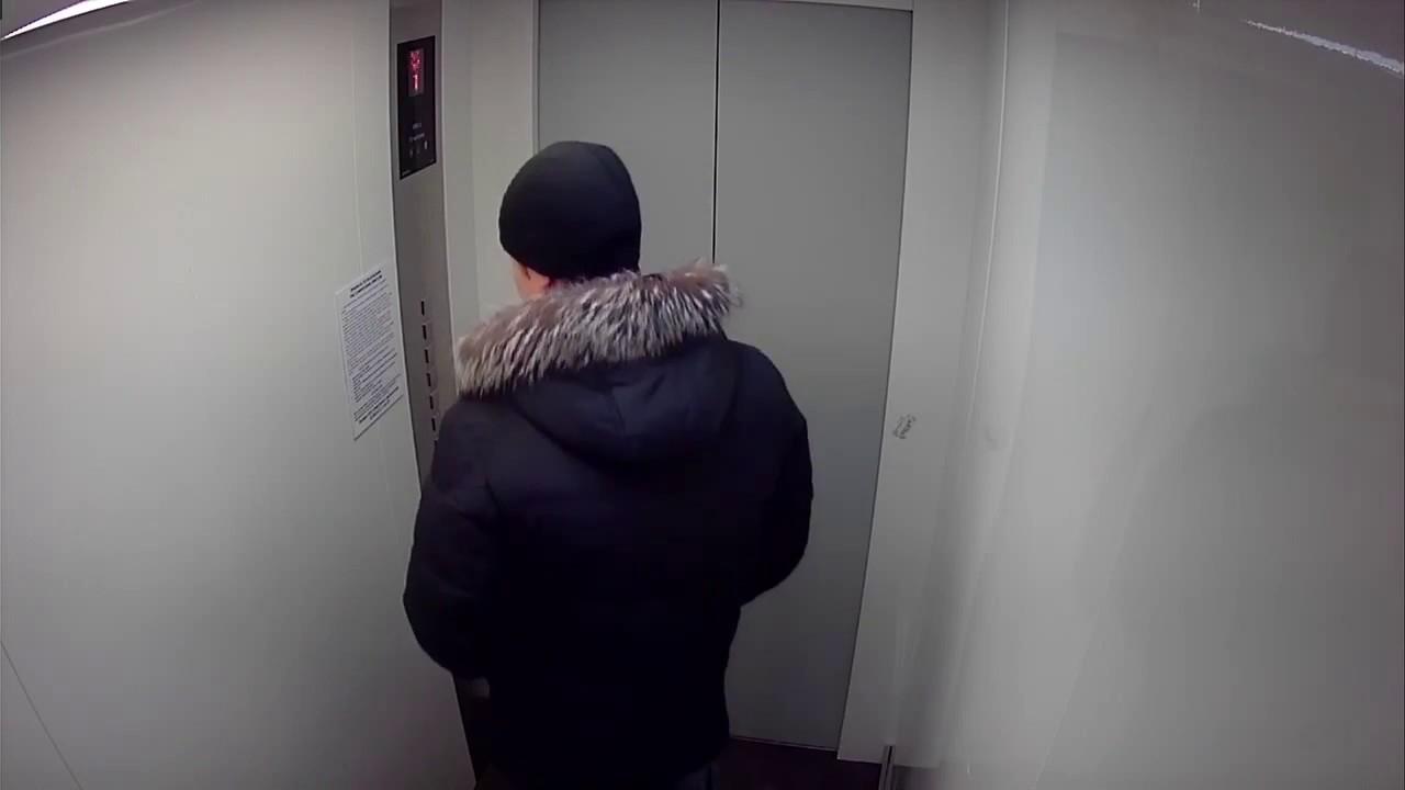 В лифте оказалась камера, вирт секс общение
