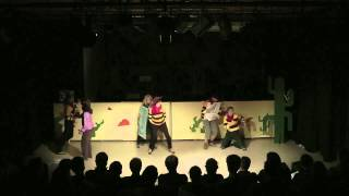 Revue 2012: The Good, the Bad and the Burgie - Bloedrood