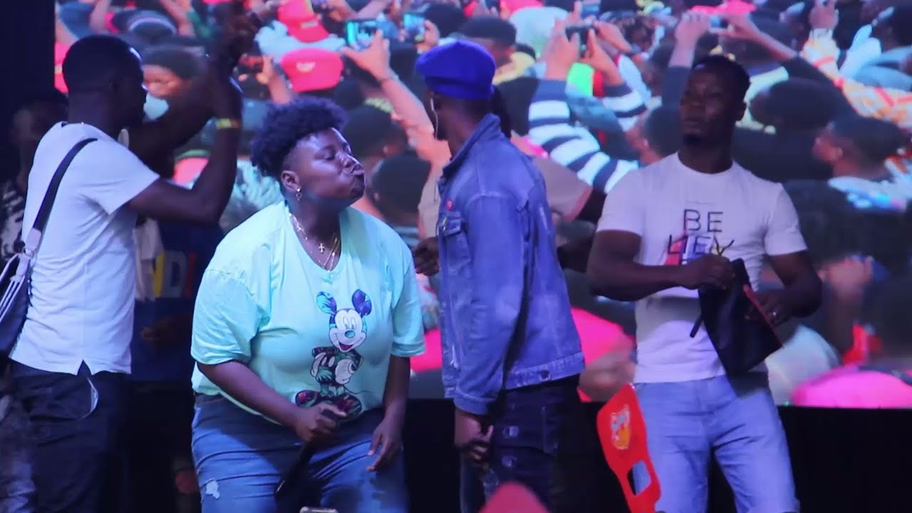 Download See The Moment Eiye Cult Members Enter Stage To Dance With Teni In Laspotech.