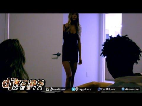 Vanchi Ferrari - Best Friend {Dirty} [Official Music Video]