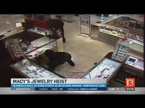 Macy's Smash And Grab Surveillance Video: 5pm