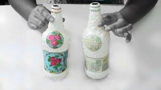 Decoração de garrafa com fundo de latinha