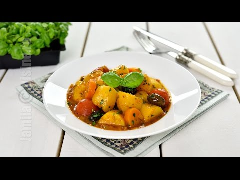 Crock-Pot Vegetable Stew (CC Eng Sub)  | JamilaCuisine