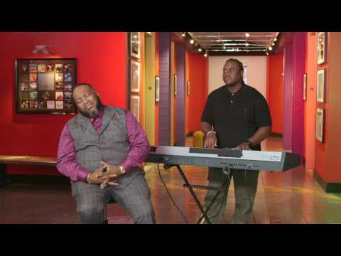 Unsung Live: Marvin Sapp Performs...