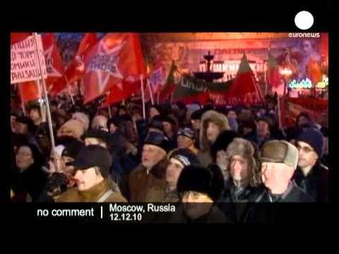 Russia: protesters demand Putin's resignation - no comment