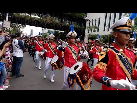 parade budaya Dan bunga Surabaya 2017