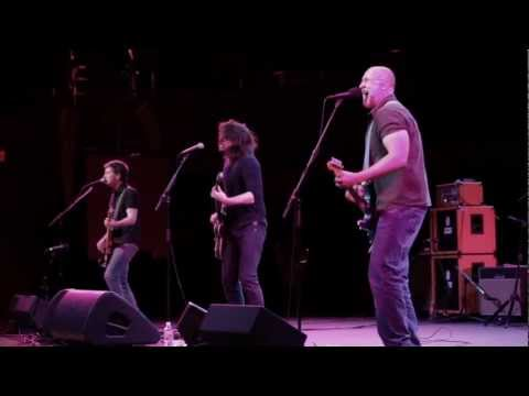 """Bob Mould and Dave Grohl - """"Ice Cold Ice"""" live from the Walt Disney Concert Hall"""