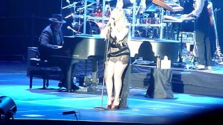 """Mariah Carey performing """"Don't Forget About Us"""" live @ Oracle Arena in Oakland CA July 21, 2017"""