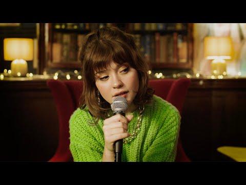 Смотреть клип Maisie Peters - Take Care Of Yourself