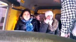 Супер видео Пьяные бабы в маршрутке 8 марта