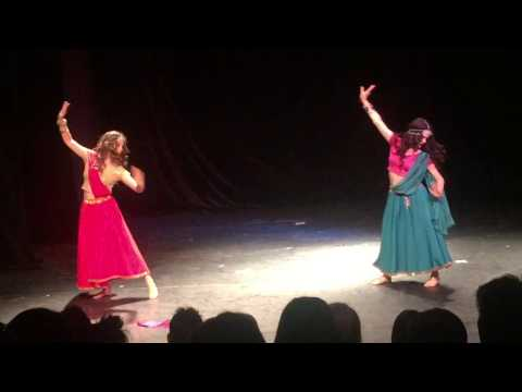 Bollywood Dance Ghagra- Chamak Challo Chel Chabeli