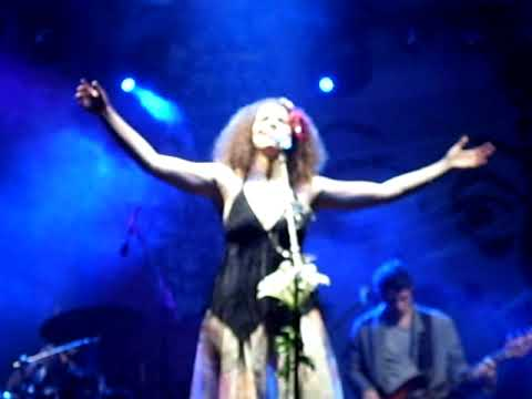 Vanessa da Mata - Viagem (ao vivo)