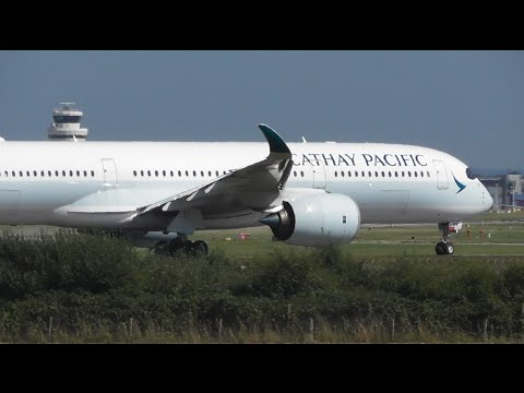 Plane Spotting at London Gatwick Airport, LGW - Part 3