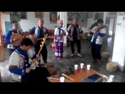 Manhu Band, Traditional Courting Song 蛮虎乐队 -石林彝族音乐