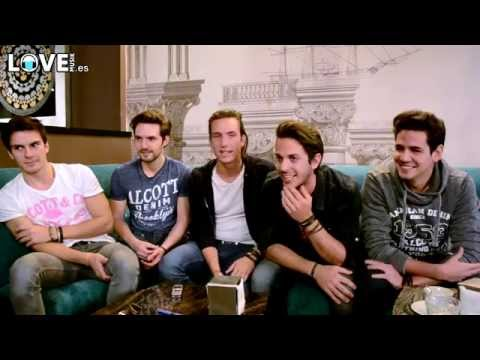 The guys from Dvicio interview themselves (Eng Sub)