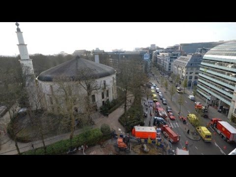 Brussels police investigate suspicious package