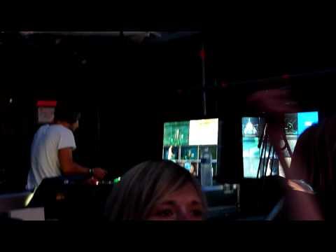 Muse, Tom Kirk at work, Stade de France 12th June 2010