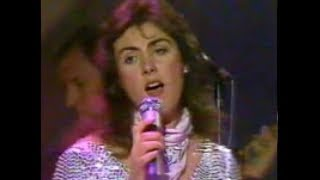 "Laura Branigan - ""Solitaire""  Star Search  April 23 1983"