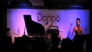 2013.4.28@SOUND CREEK Doppo iNO改iNA piano&vocal iNO A.Sax 開 真紀 ...