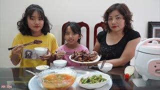 Cơm Gà Chiên Mắm Tỏi Mẹ Nấu Là Ngon Nhất! - Gia Đình Vui Vẻ - MN Toys