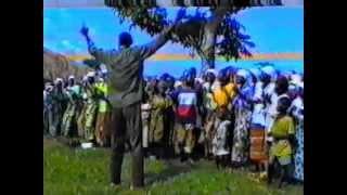 Tata GONDA à Mbata Kulunsi
