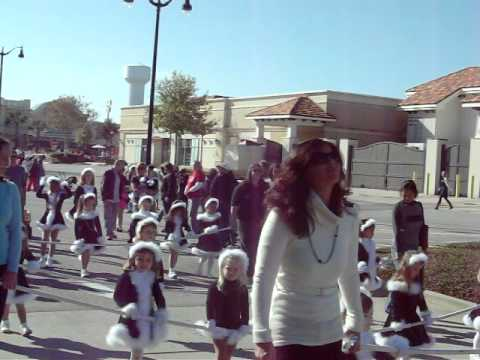 Spanish Fort Christmas Parade spreads cheer