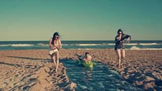 Coca-Cola: Día de playa con Mica, Pablo y Bárbara