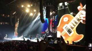 Guns N' Roses Detroit Slash Solo and Sweet Child Of Mine 6 / 24 / 2016