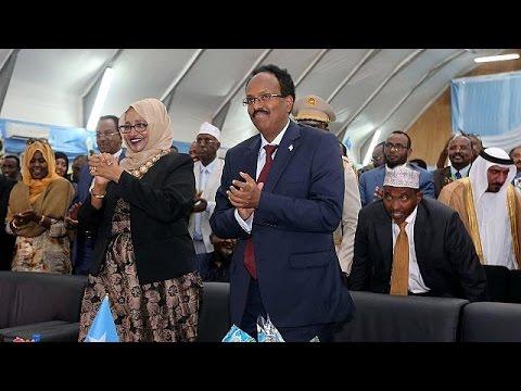 US-Somali national inaugurated as new president of Somalia