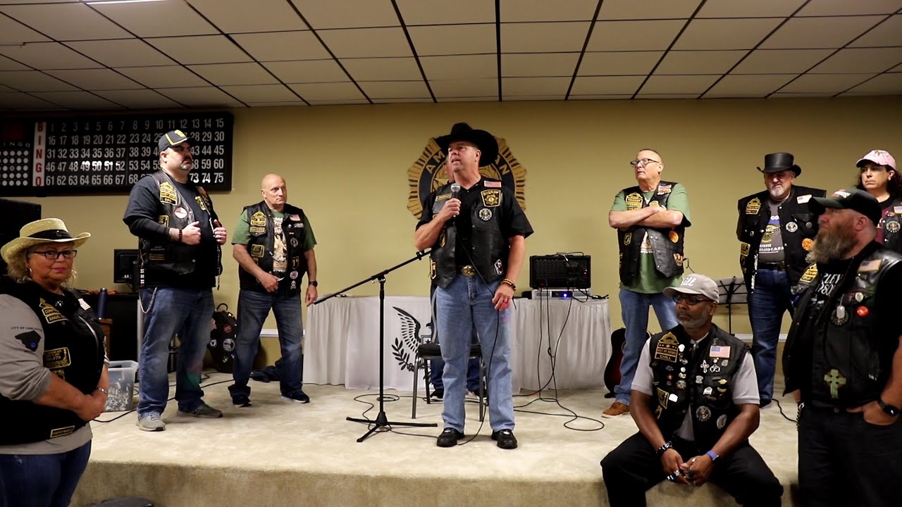 Hogs and Heroes Presents Wicomico County Sheriff Mike Lewis with an Honorary Membership