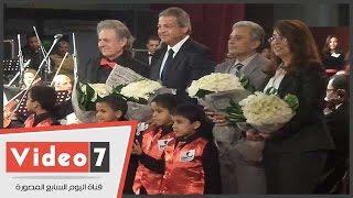سليم سحاب يكرم وزير الشباب والرياضة ووزيرة التضامن بحفل كورال أطفال مصر