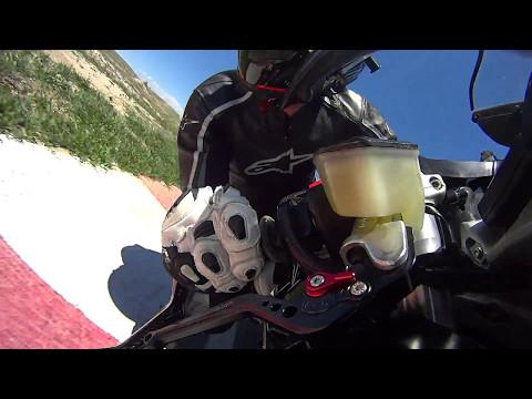 Pueblo 12May17 practice Ducati 999