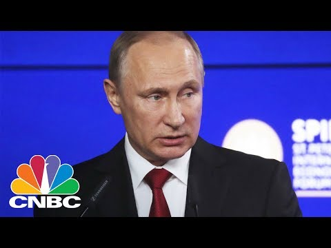 Vladimir Putin Compares Former FBI Director James Comey To NSA Leaker Snowden, Offers Asylum | CNBC