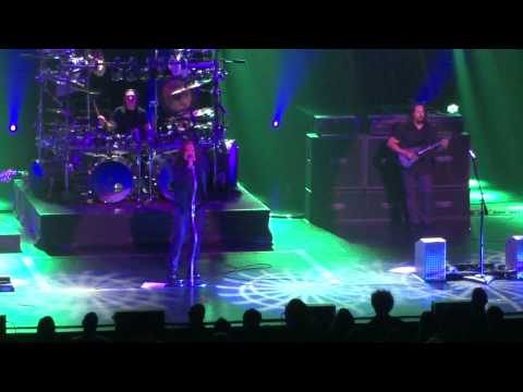 DREAM THEATER endless sacrifice intro @ Montreal salle wilfried pelletier place des arts 07 octobre 2011