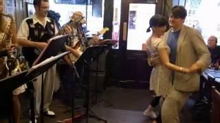 JiveHoot playing Hoots Mon at The Robert Gillow with dancers