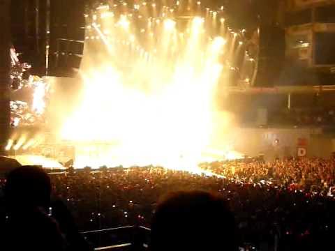 ACDC Madrid 2009 Rock n Roll Train